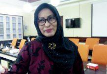 Ketua komisi B DPRD Surabaya Luthfiyah