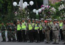 Apel personel yang dilakukan Pemkot Surabaya bersama jajaran samping untuk mengamankan perayaan natal dan tahun baru 2020