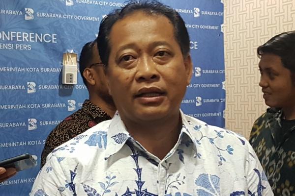 Kepala Bidang Ruang Terbuka Hijau (RTH) dan Penerangan Jalan Umum (PJU) Dinas Kebersihan dan Ruang Terbuka Hijau (DKRTH) Hendri Setianto