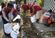 kerja Bhakti dikawasan jalan Pendigiling Surabaya