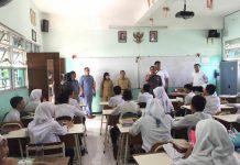 Pemeriksaan Hp pelajar