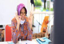wali Kota Surabaya Tri Rismaharini saat memberikan motivasi kepada pelajar Surabaya melalui online